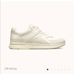Size 7 TREAD by Everlane. Off white.